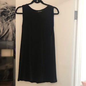 Cute and simple ref mini dress! Like new!